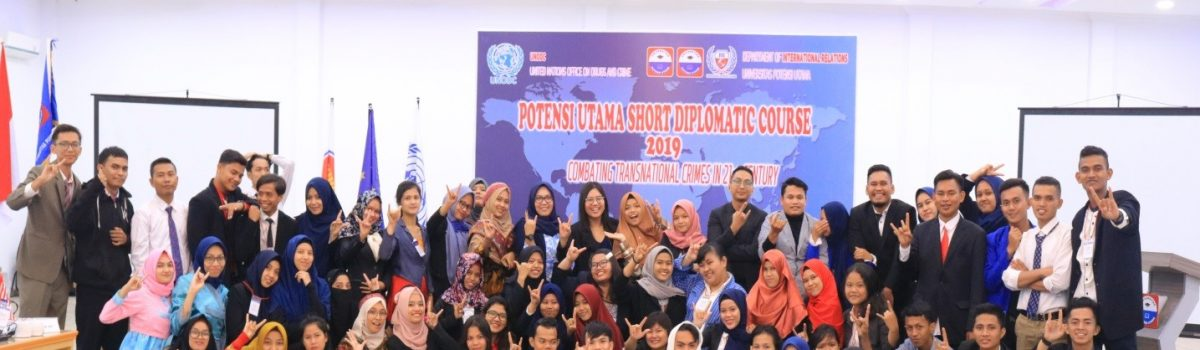 Melalui Short Diplomatic Course dan Table Manner  Prodi HI Latih Mahasiswa Jadi Calon Diplomat